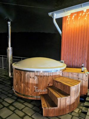 Badestamp glassfiber med integrert ovn bobler (1)