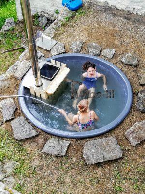 Badestamp i glassfiber på terrasse – nedfelt – innbygging (3)