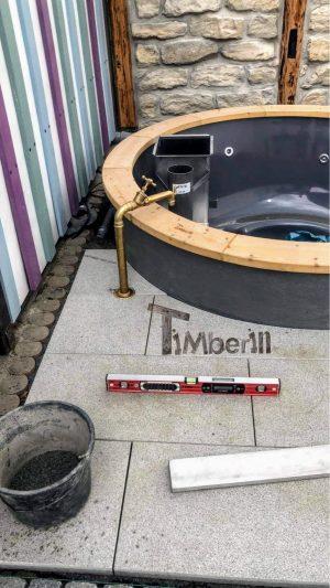 Badestamp i glassfiber på terrasse – nedfelt – innbygging (7)