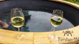 Vedfyrt badestamp i glassfiber med utvendig ovn (4)