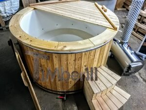Badestamp i glassfiber med utvendig ovn (2)