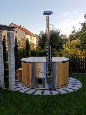 Utendørs vedfyrt badestamp i glassfiber (1)