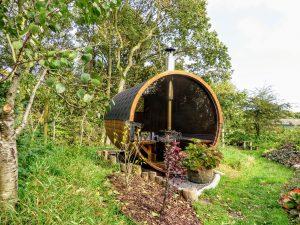 Udendørs sauna tønde i træ til haven, Ole, Nibe, Denmark (6)