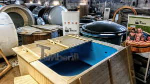 Badestamp i plast firkantet jacuzzi for max 16 personer (5)