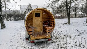 Utendørs fat sauna med trailer garderoben og vedovn (3)