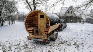 Utendørs fat sauna med trailer garderoben og vedovn (6)