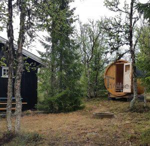 Utendørs vedfyrt tønne badstuer, Jorunn, Venabygd, Norge (3)