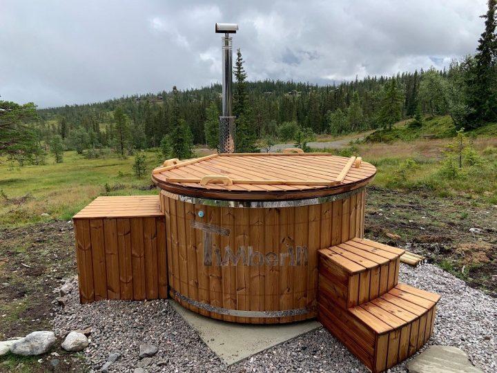 Badestamp i glassfiber med integrert ovn termo tre, sibirsk eik Wellness Royal, Bjørn, Sundtjønn Veggli, Norge (1)